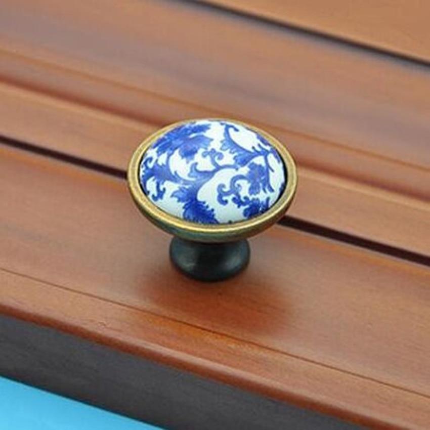 Retro fashion white and blue porcelain furniture knobs bronze drawer cabinet knobs pulls blue ceramic dresser upboard door pull футболка tommy hilfiger mw0mw04491 416 navy blazer