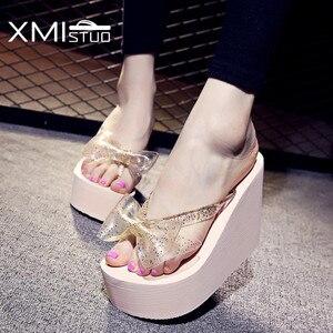 Image 2 - Xmistuo moda feminina flip flops com arco feminino verão praia cunhas resistente à água 10cm de salto alto chinelos sapatos femininos
