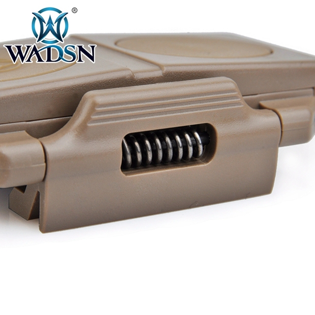 WADSN Airsoft podwójny pilot zdalnego sterowania przełącznik ciśnienia dla Softair PEQ 16A i M3X latarka taktyczna WEX177 broń światła akcesoria tanie i dobre opinie Żarówki led DOUBLE REMOTE CONTROL Tactical lights tail PA Aluminum Tacitcal headset airsoft paintball CS military BK DE