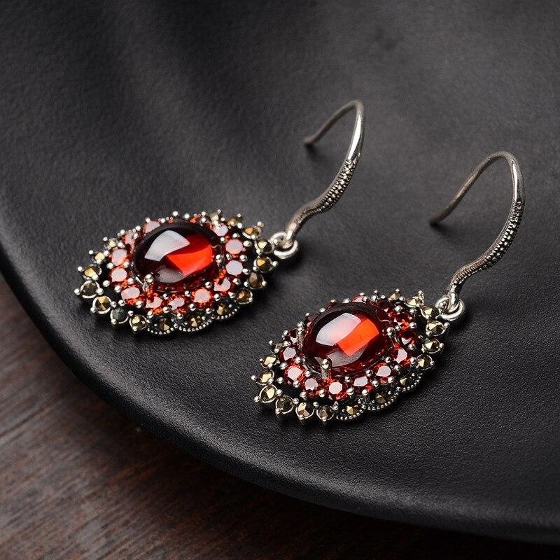 S925 pur argent boucles d'oreilles tempérament des femmes avec zircon rouge ovale national vent tremella bijoux cadeaux