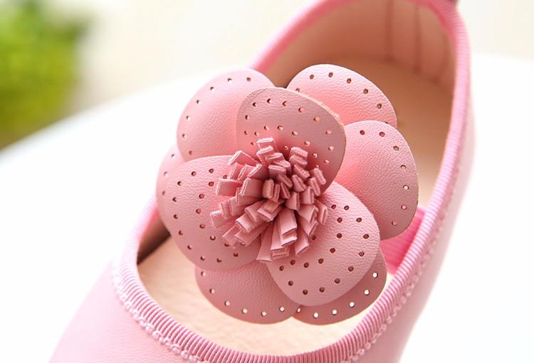 Girls shoes  11