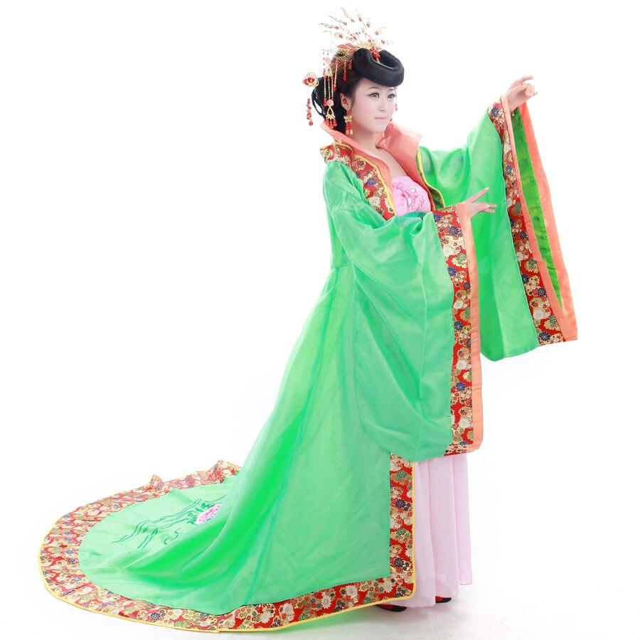 Vêtements chinois antique Costume tang train de la dynastie tang costume femelle princesse reine haut col montant