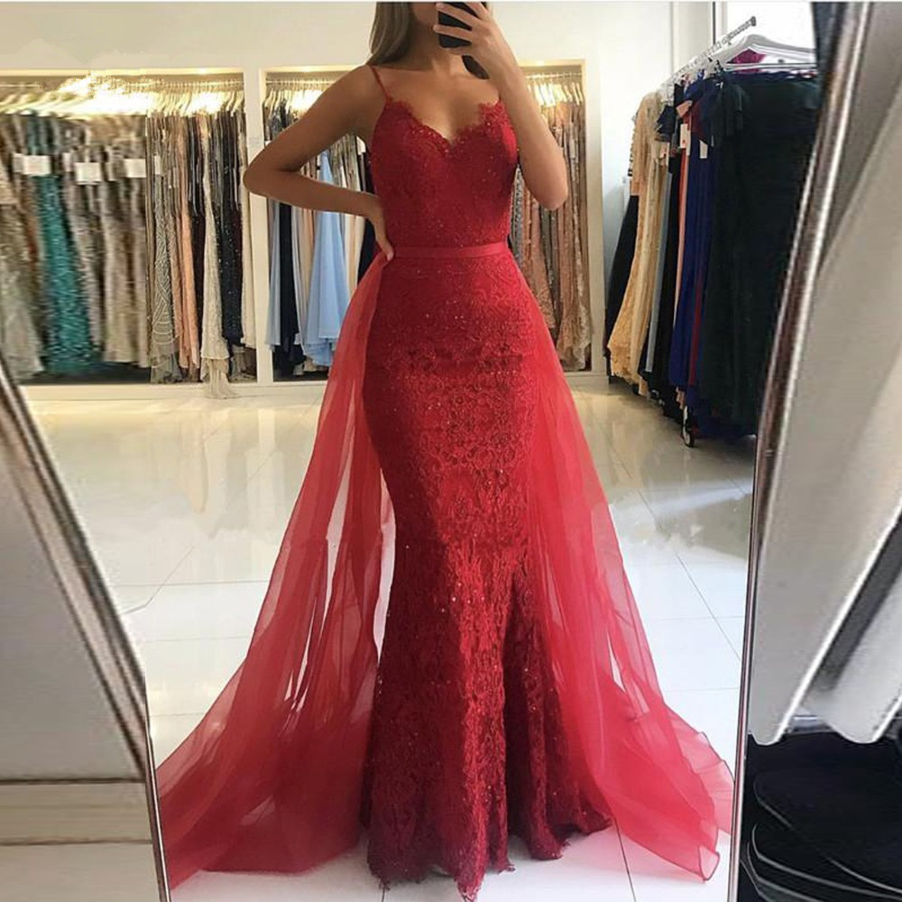 Red Muslim Evening Dresses 2019 Spaghetti Straps Tulle Train Lace Beaded Mermaid Formal Dress Long Elegant Evening Gown