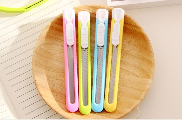 Cute Colorful Kawaii Mini Utility Knife Art Knife For Student Office Student School Supplies DIY Tool Paper Cutter