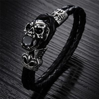 Top Quality Steampunk Skull Leather Bracelet Men Jewelry 21 5cm Length Fashion Black Genuine Leather Woven