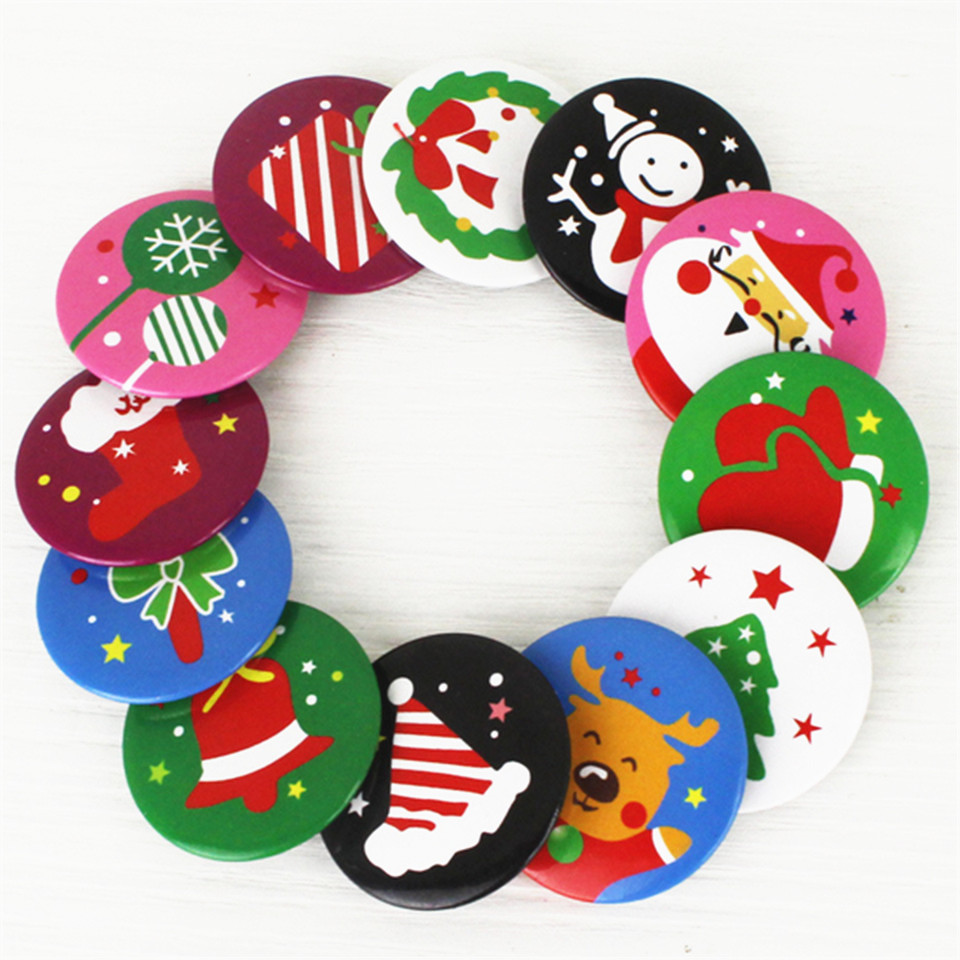 1piece 4cm Badge Christmas Items Circular Brooch Children Favors Gift Xmas Event Party Pin Clothes Bags decoration Supplies