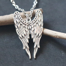 Angel Wings Pendant Necklace For Women Vintage Silver Charms Bijoux Female Choker Handmade Necklace Christmas Holiday Gift a suit of vintage cross wings pendant necklace and earrings for women