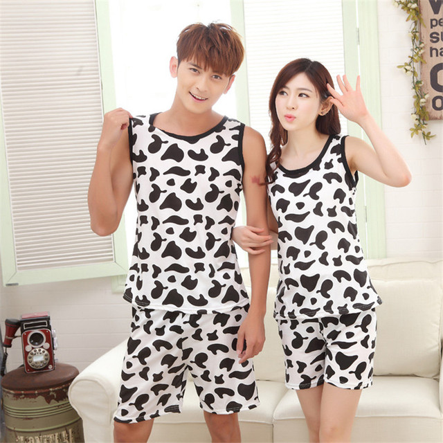 Nueva llegada Pijamas Vaca Pijamas Set Cuello Redondo Sin Mangas del Verano de Las Mujeres de Los Hombres Pareja Trajes Negro Blanco Sopted Superior Corto ropa de dormir
