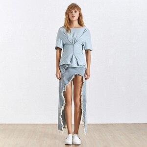 Image 4 - TWOTWINSTYLE شرابة الدنيم تنورة المرأة عالية الخصر انقسام غير النظامية التنانير حجم كبير الإناث الصيف ملابس عصرية 2020
