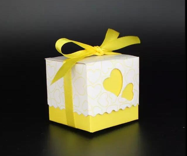 100pcs Yellow Ribbon Heart Wedding Favor Box Marriage Party Bo Candy Gift Baby Shower