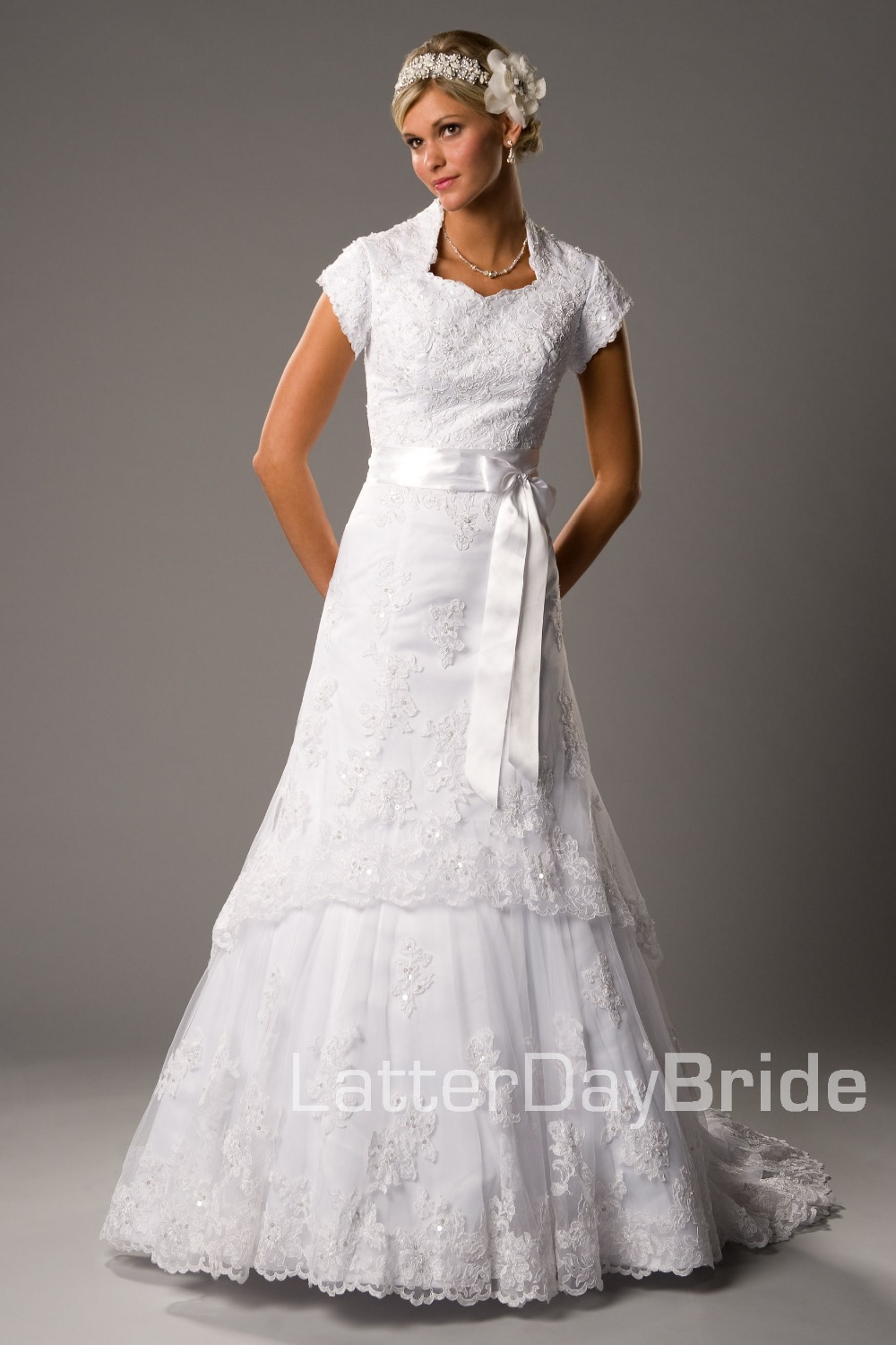 White dress for church - 2016 New Inexpensive Modest White A Line Long With Train Cap Sleeves Lace Women Church Wedding Dress With Sleeves Bridal Gowns