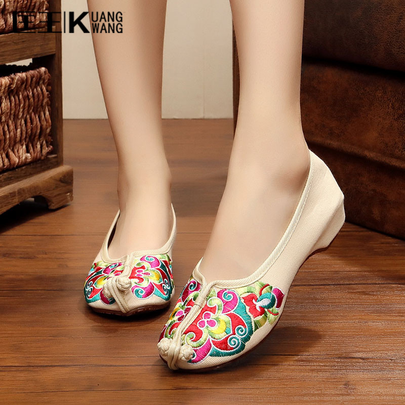 Big Size women's Flat Shoes Women Loafers Soft Dancing Casual Shoes For Women Slip On Spring Autumn Shoes Woman Mary Jane Flats