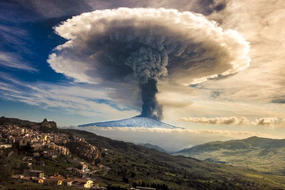 Sicily-Italy-Etna-Volcano-Eruption-font-