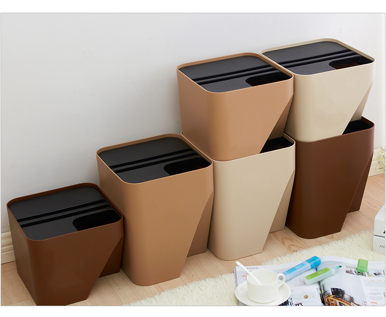Japanese-style stacked classification Garbage bucket ...