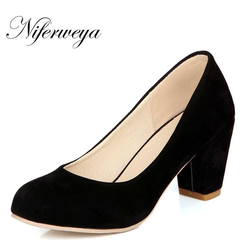 a046e9a23 Новая весенне-осенняя женская обувь, лаконичные офисные слипоны на высоком  каблуке, маленькие размеры