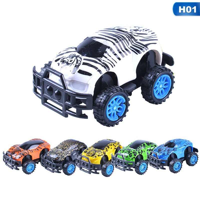 3 Gaya Warna Acak Mini Diecast Mobil SUV Mainan Kendaraan Konstruksi Mainan Mobil Model Set Hadiah Ulang Tahun Mainan untuk Anak anak Laki-laki