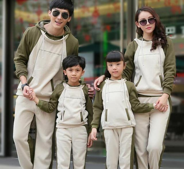 Women Sweatshirt Hoodies Family Matching Clothes Boy Girl Women Men Sweatshirt Mother Daughter Autumn Winter Clothes Green CP55
