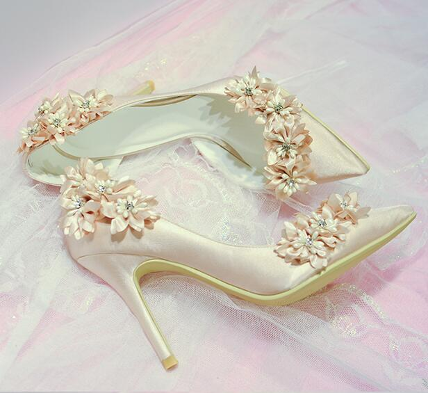 2c1c04a74f7b0 US $61.74 5% OFF|elegant bridal champagne flower high heel wedding shoes  Side empty pointed toe flower high heel wedding bridal shoes real photos-in  ...