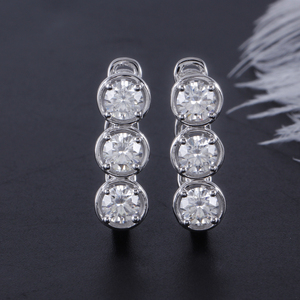 Image 3 - DovEggs Sterling Solid 925 Silver 4.5mm H Color Moissanite Stone Earrings for Women wiht 14K White Gold Pin