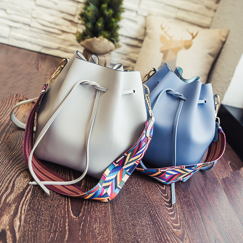 2017 New Korean Colorful Tape Bucket Femal Handbags Women Fashion Shoulder Bags String Simple Bag Color Belt Strap Crossbody Bag