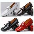 Большой Размер СВЯЗЬ 11 12 EUR 45 46 Натуральная Кожа Мужчины красный Кисточка Скольжения На Повседневная Обувь для Вождения Loafer Лакированной Кожи Лодки обувь