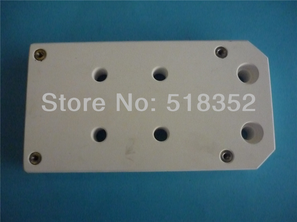 Seibu S304 Upper Ceramic Insulation Board, Isolation Plate for Z-axle L80mmx W140mmx T20mm, WEDM-LS Wire Cutting Machine Parts chmer machine head ceramic insulation board isolation isolator plate 110 12mm wedm ls wire cutting machine spare parts
