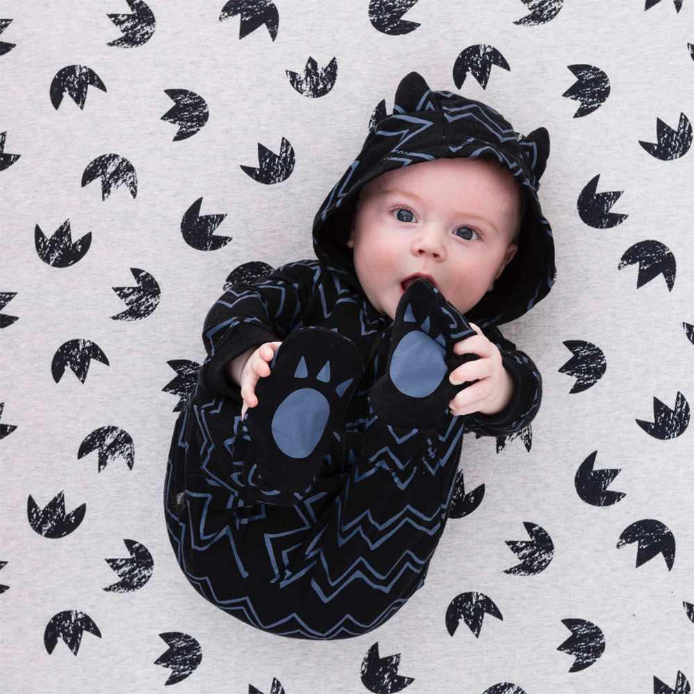 Cute Bear footprints home clothes baby boy girl long sleeve striped hooded romper jumpsuit outfit Autumn warm high quality 6-18M