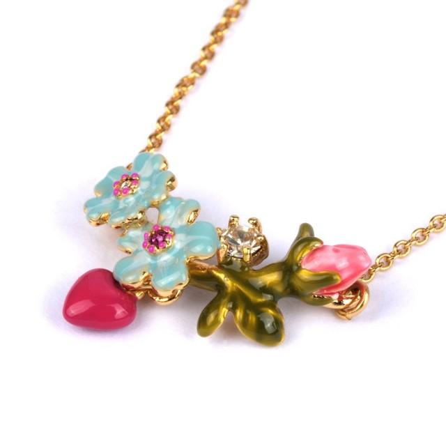 Francesa Les Nereides elegante Simple lindo flores azules del collar del corazón para mujeres del todo fósforo accesorios del partido
