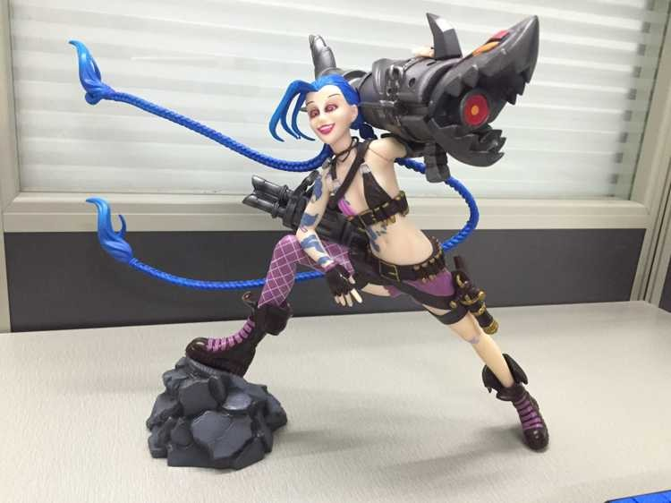 jinx dolls figure toy with shark gun loose cannon pvc doll