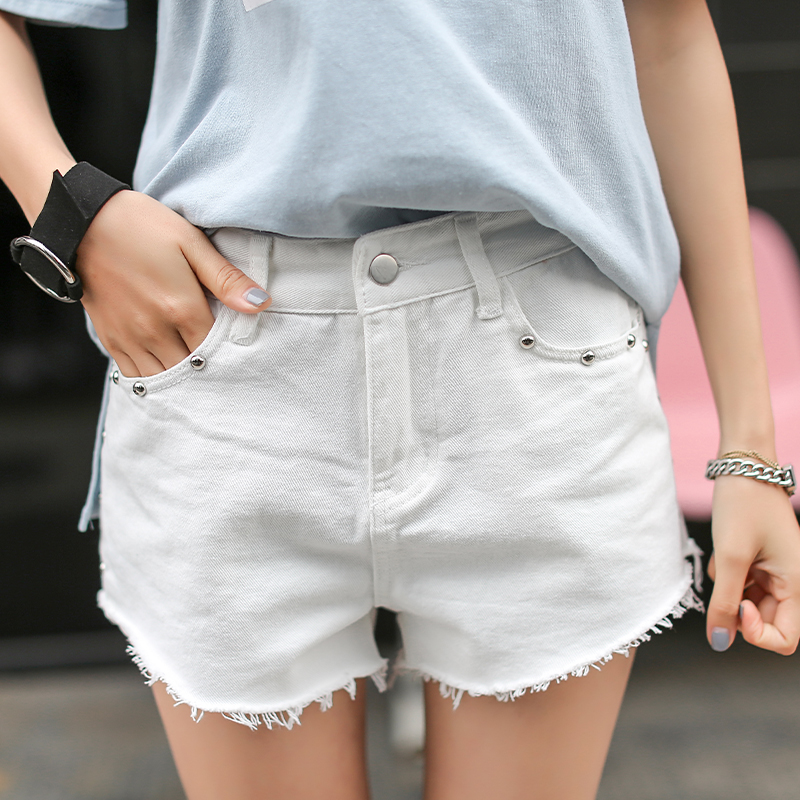 Vintage Rivet High Waist Denim Shorts Women Tassel Ripped Loose Short Jeans  Sexy Hot Summer Fashion Short Pants new summer vintage women ripped hole jeans high waist floral embroidery loose fashion ankle length women denim jeans harem pants page 1