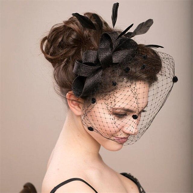 Sombreros de boda nupciales y fascinadores para mujer fiesta encaje flor  Sinamay velo de plumas tocado 644849adc7e5