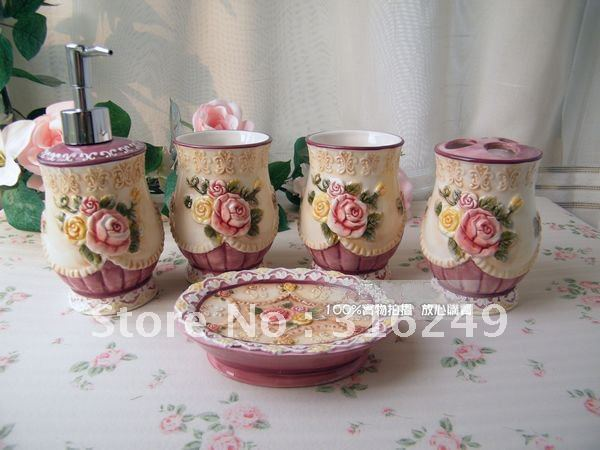 Victorian Style 5 Pcs China Ceramic Bathroom Accessories Set Best Wedding Gift