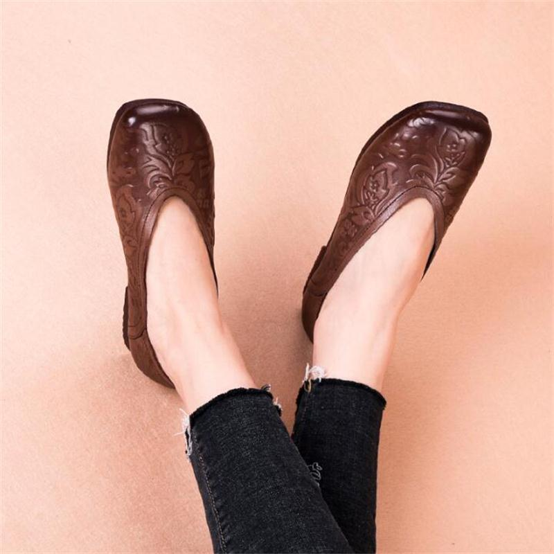 Printemps femmes chaussures plates mocassins à la main en cuir véritable appartements chaussures confortables chaussures de conduite décontractée peau de vache