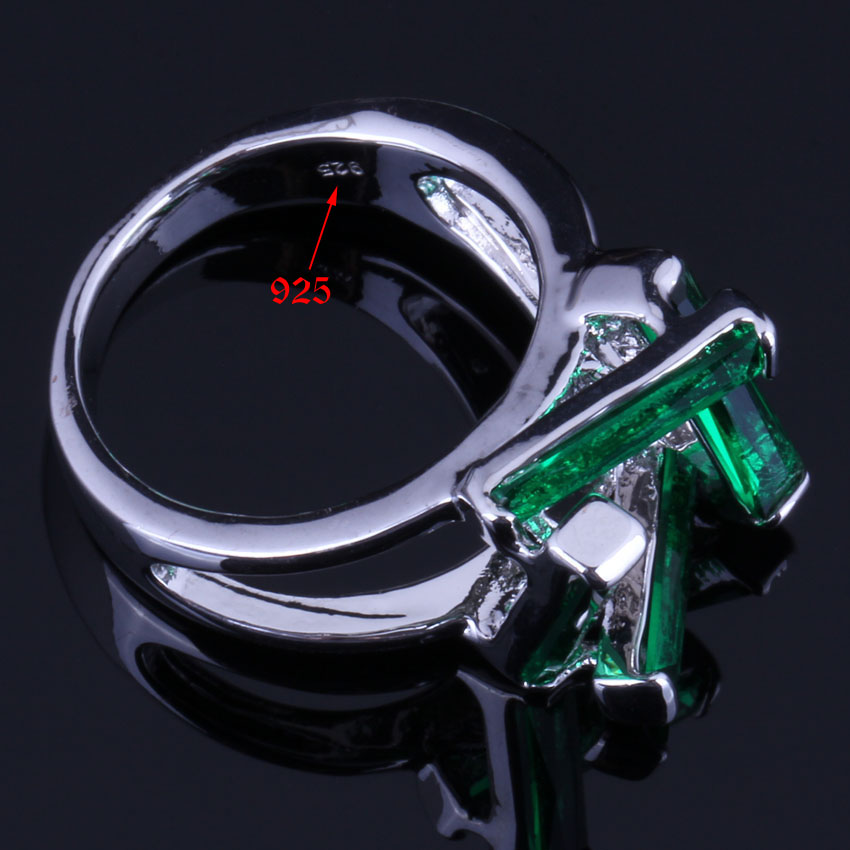 Brilliant Rectangle Green Cubic Zirconia 925 Sterling Silver Ring For Women V0616 in Rings from Jewelry Accessories