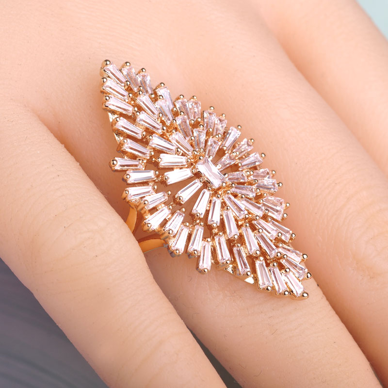 Blucome Luxury AAA Zircon Copper Ring Clear CZ Micro Pave Gold Color Rings For Women Flower Big Long Section Finger Ring Wedding nandudu luxury rose gold color ring with for women wedding aaa zircon crystal rings jewelry r1814