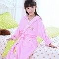 Девушки розовые халаты детские халат детские халаты желтый банный халат хлопка ребенка roupao панчо полотенце с капюшоном синий пижамы