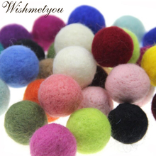 WISHMETYOU 5Pcs 30mm Round Colorful Wool Felt Balls For Decoration Party Room Diy Crafts Supplies Pom Poms Felt Balls Findings mini order 2pc large 40x50mm christmas decor wool felt ball different colors felt heart balls pom pom handcraft decoration diy