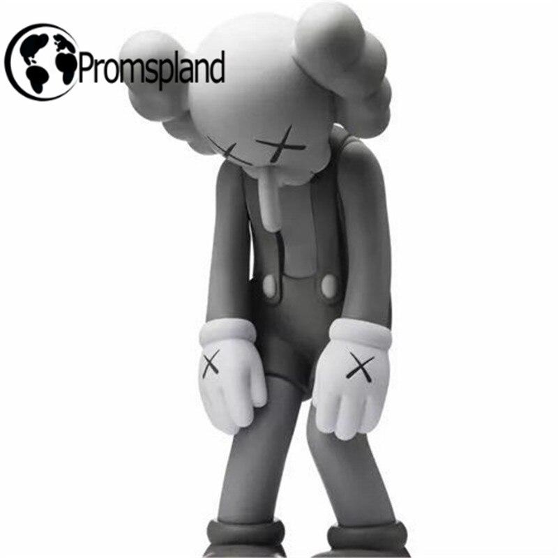 1 pc/lot Nouveau Arrivé Originalfake Kaws Petit Mensonge Kaws Figurines Long Nez Fantaisie Jouets pour Enfants Anniversaire Cadeaux Au Détail boîte 28 cm