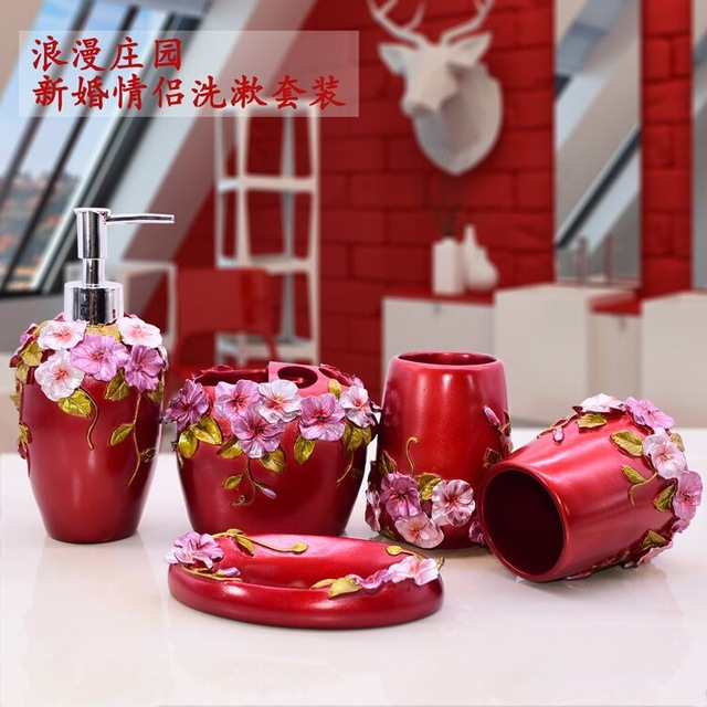China Red Five Piece Set Ceramics Bathroom Accessories Set Soap