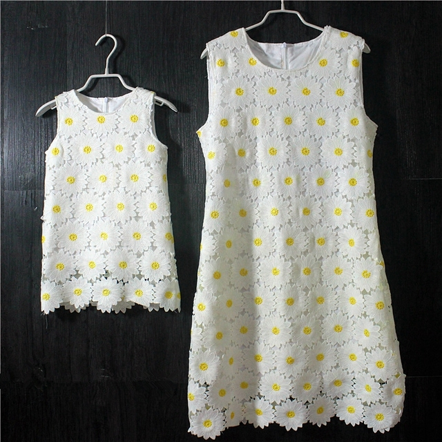 Brand Summer Sunflower lace plus large size mom girl princess one-piece mother and daughter skirts kids girls sleeveless dresses
