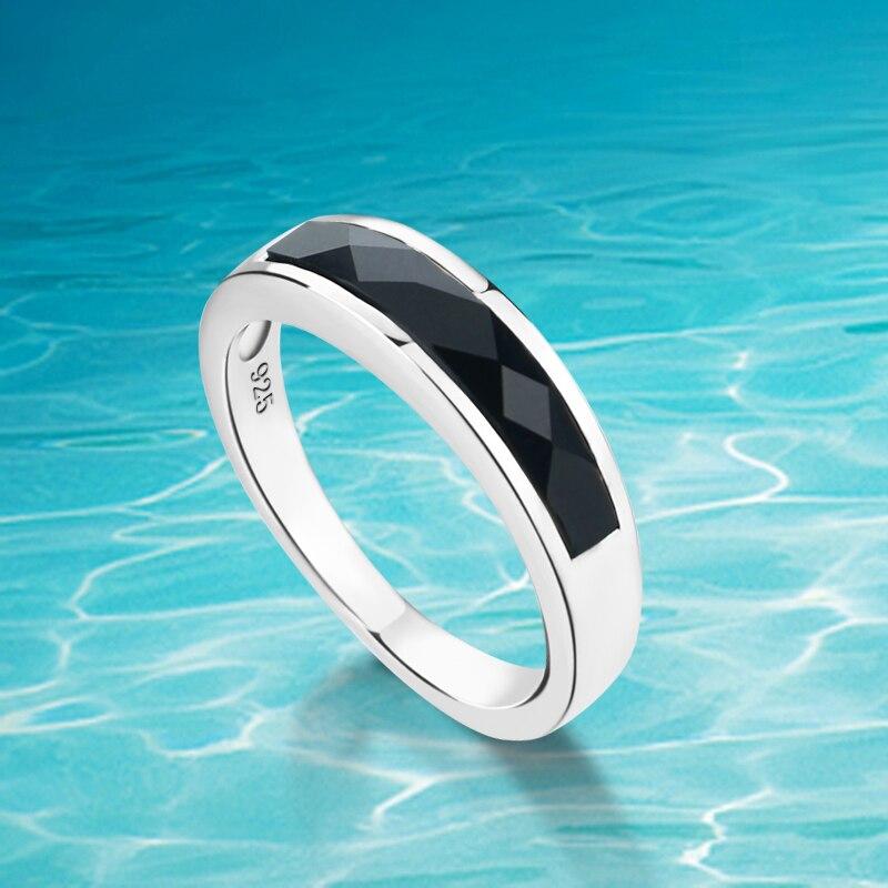 14014f4e3389 Moda popular hombres y mujeres amantes de anillos