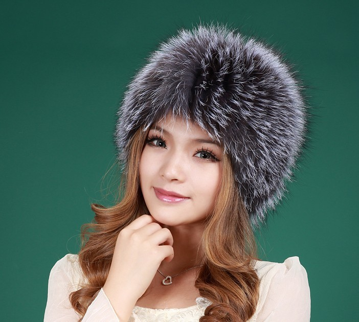 2017 New Best quality winter natural real knitted fox fur hats for women silver fox white good gift retail mink fur hat