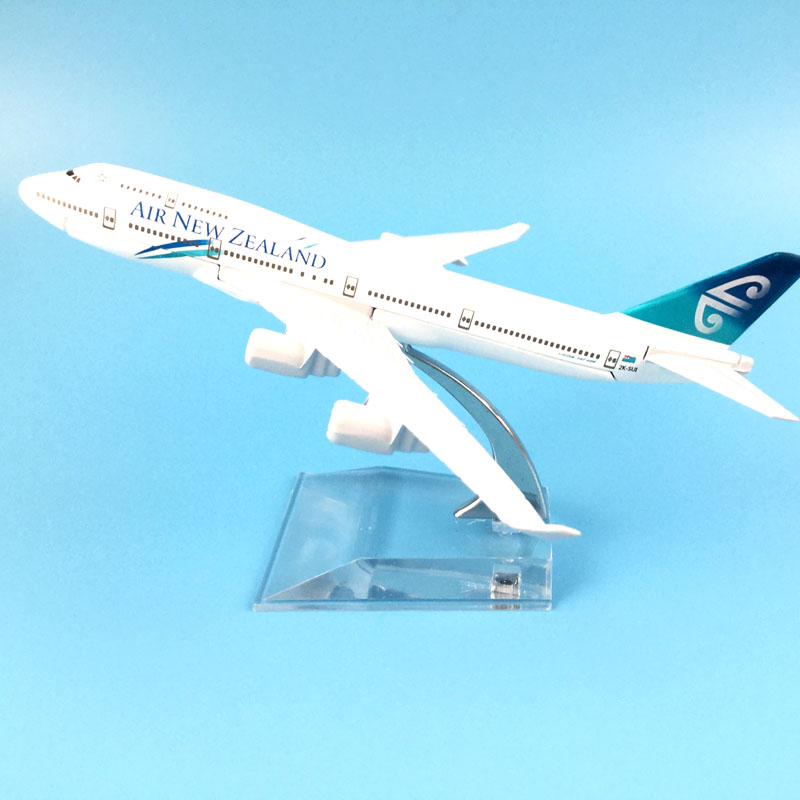 16 cm Alliage Métal Air New Zealand Airlines Avion Modèle Boeing 747 B747 400 Airways Modèle D'avion w Stand Avions Cadeau Enfants Jouets