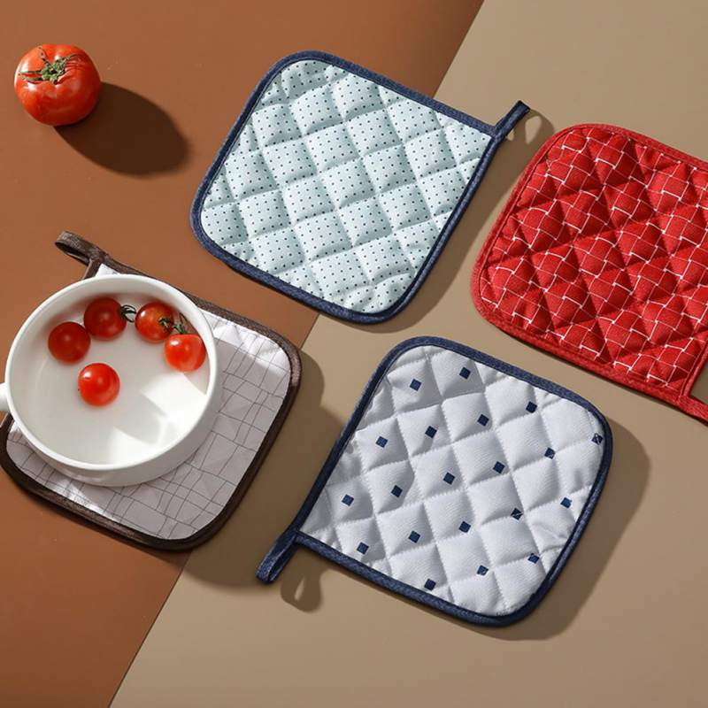 Home Kitchen Fabric Insulation Heat-Resistant Table Mat For Dining table Simple Design Tableware Placemat