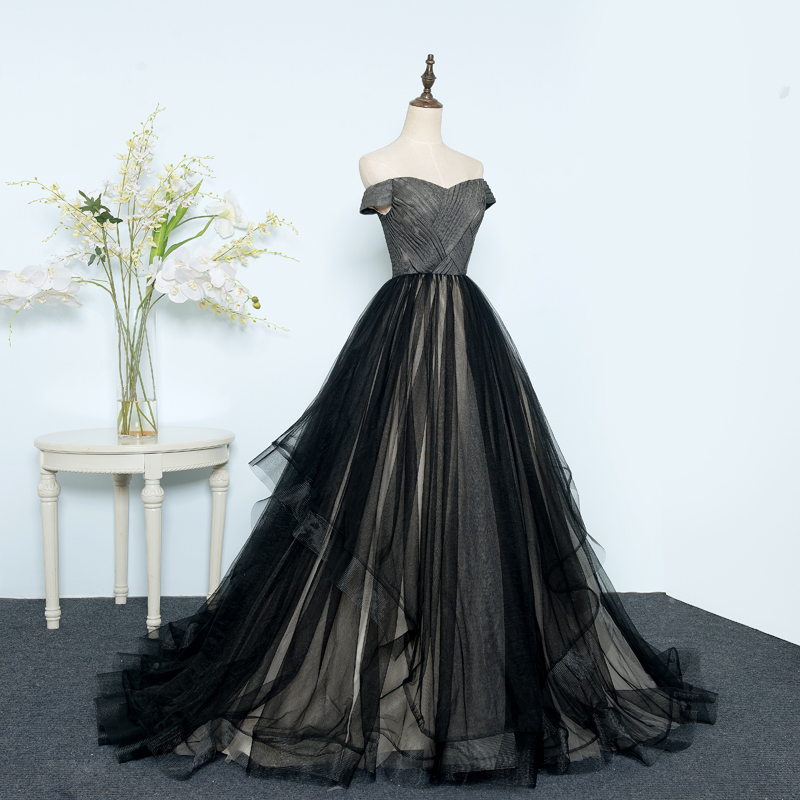 Us 141 96 16 Off 2019 New Sweetheart Ball Gown Lace Black Wedding Dresses Lace Up Princess Elegant Wedding Gown Bride Dress Vestido De Novias In