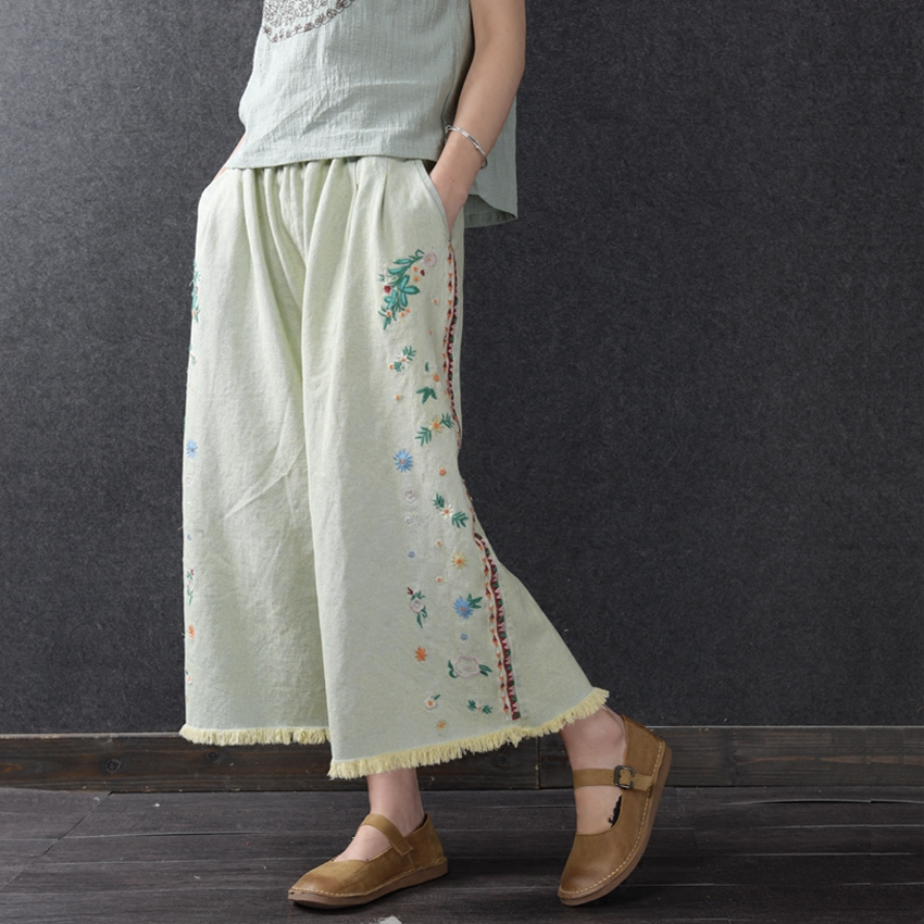 ФОТО  Women Ankle-Length Wide Leg Jeans 2017 Summer Elastic Waist Flora Embroidery Loose Cotton Jeans