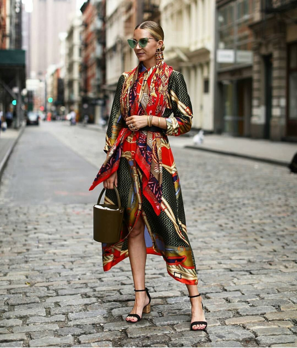 Silky Satin Women's Long-sleeved Dresses and Blouses for African and European Women Rock Style Dashiki Sleeve Dress For Lady