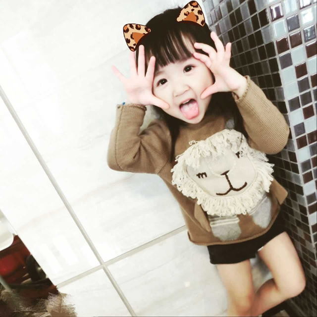 Kids winter  sweaters  girls boy Cotton knitted unisex cartoon lion pullovers Fashion girls cardigan