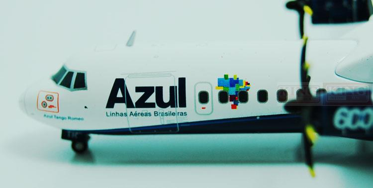 Wings XX2704 Azul Special: ATR-72-600 JC PR-ATR 1:200 commercial jetliners plane model hobby special offer wings xx4232 jc korean air hl7630 1 400 b747 8i commercial jetliners plane model hobby