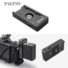Tilta F970 لوح بطارية 12 فولت 7.4 فولت مخرج ميناء مع 1/4 20 تصاعد ثقوب مصنوعة من الألومنيوم